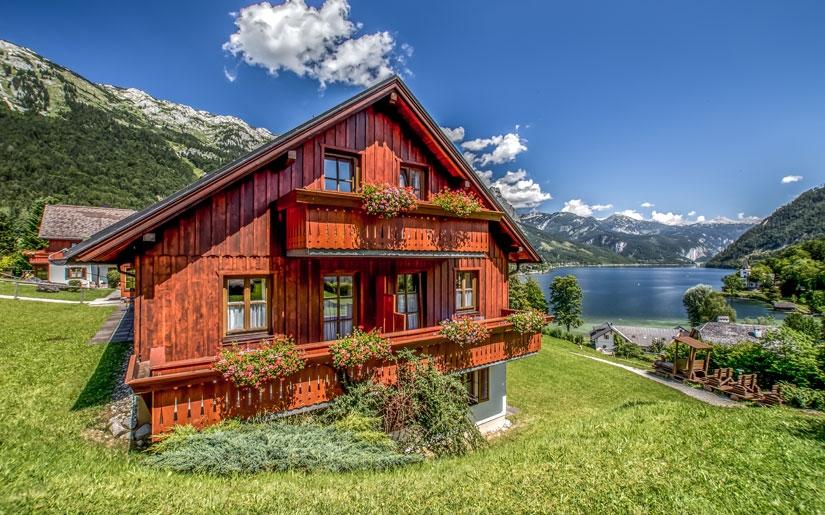 בית על שפת האגם באזור זלצבורג
